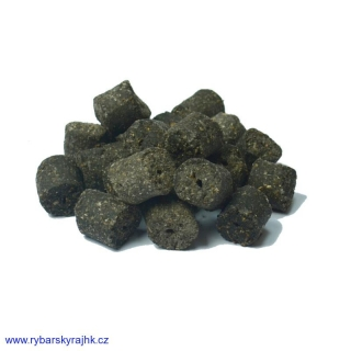Peleta Kamikaze carp black halibut 1,5 kg 12 mm